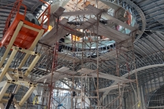 The iconography of the dome is being installed with the use of a four-floor scaffolding: